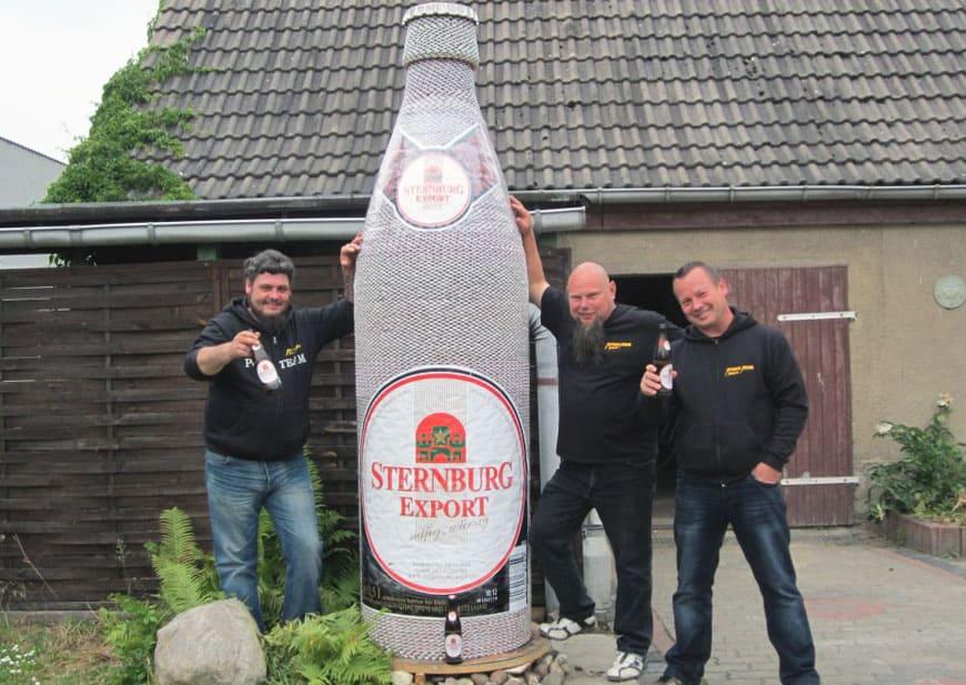 Riesen Bierflasche