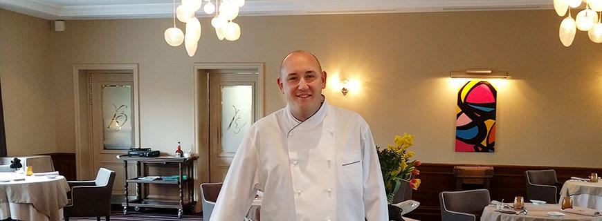 Sternekoch Aymeric Dreux in seinem Restaurant Bouche à Oreille