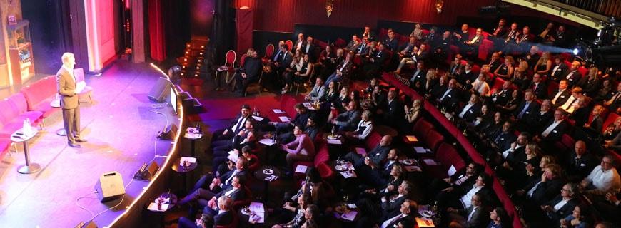 Spannung während der Verleihung des Awards 2016