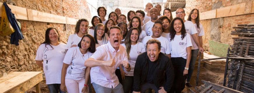 Große Freude im Team beim Start von Lapa's Refettorio Gastromotiva in Rio