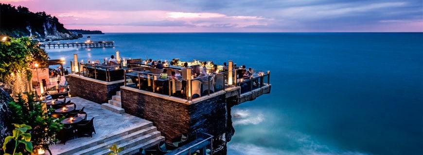 Die Rock Bar auf Bali