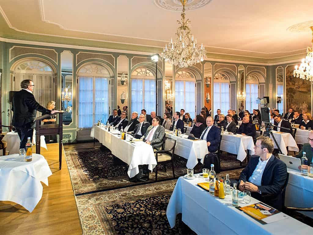 Die Fair-Jobs-Hotels-Partner im Plenum