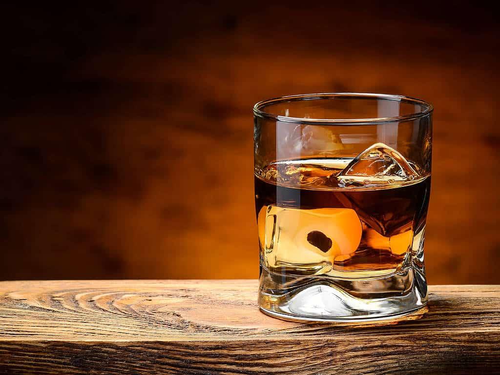 Ein Whisky-Glas