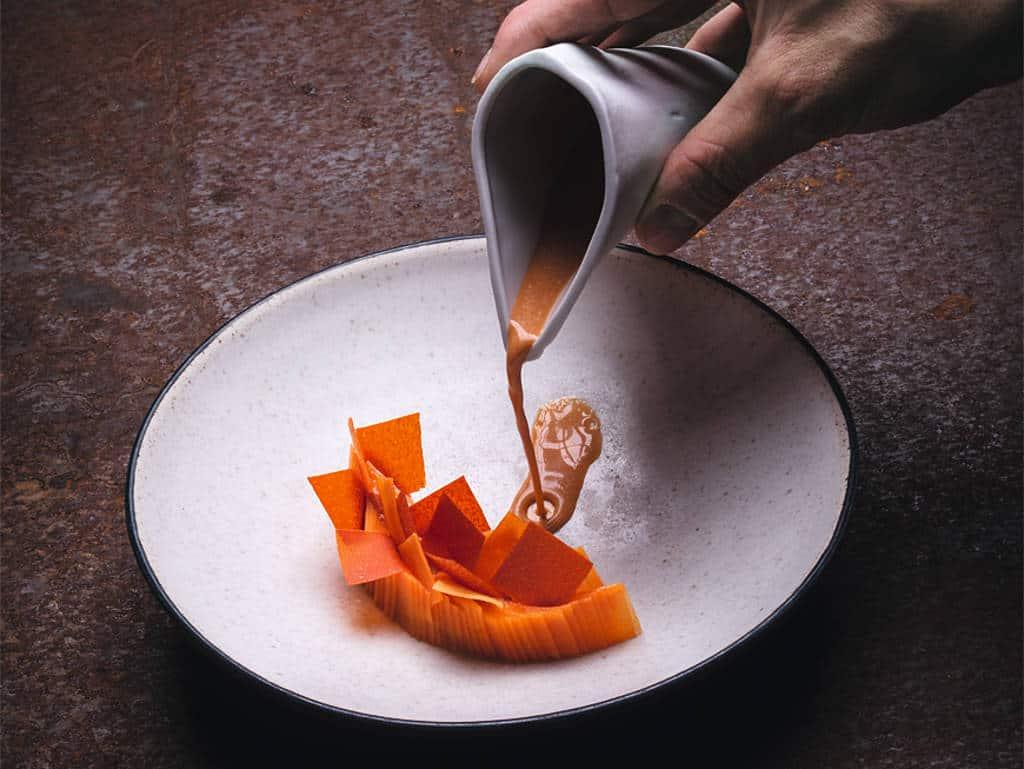 Karotte, Rosenblütenöl, Shrimpsauce