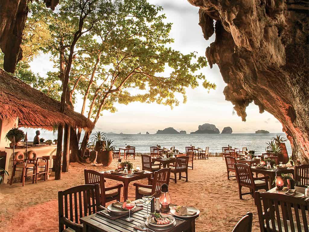 Essen mit Ausblick in Thailand