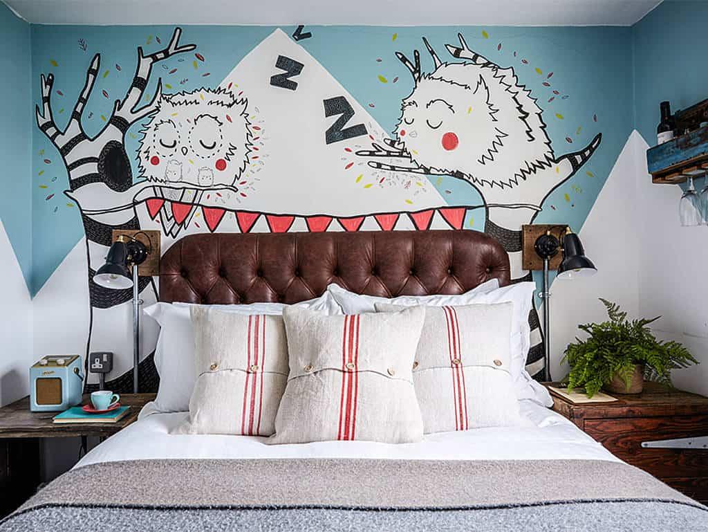 künstlerisch gestaltete Zimmer
