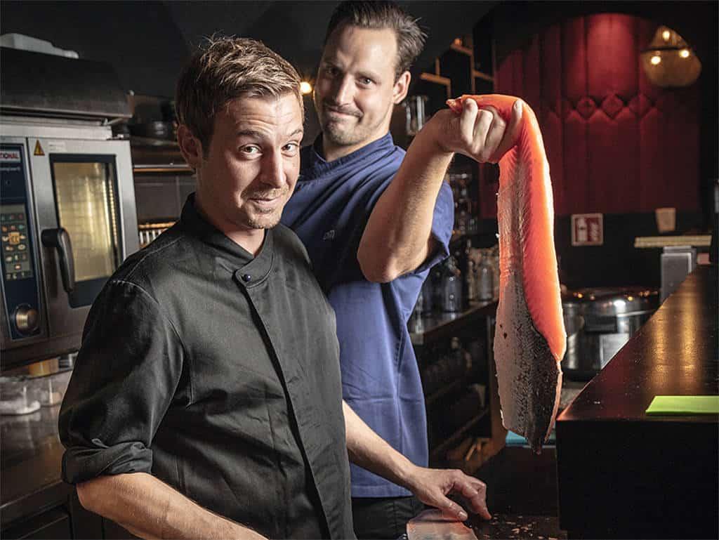 Bernhard Leitner als Sushi-Lehrling bei Asia-Pro Daniel Marg.