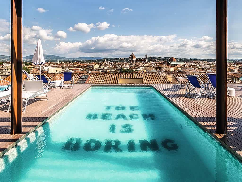 Pool mit Blick über Florenz