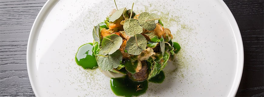 Rezept von Marco Barth, Restaurant Essig's, Linz: Topinambur, Grünkohl, Matcha und Trüffel