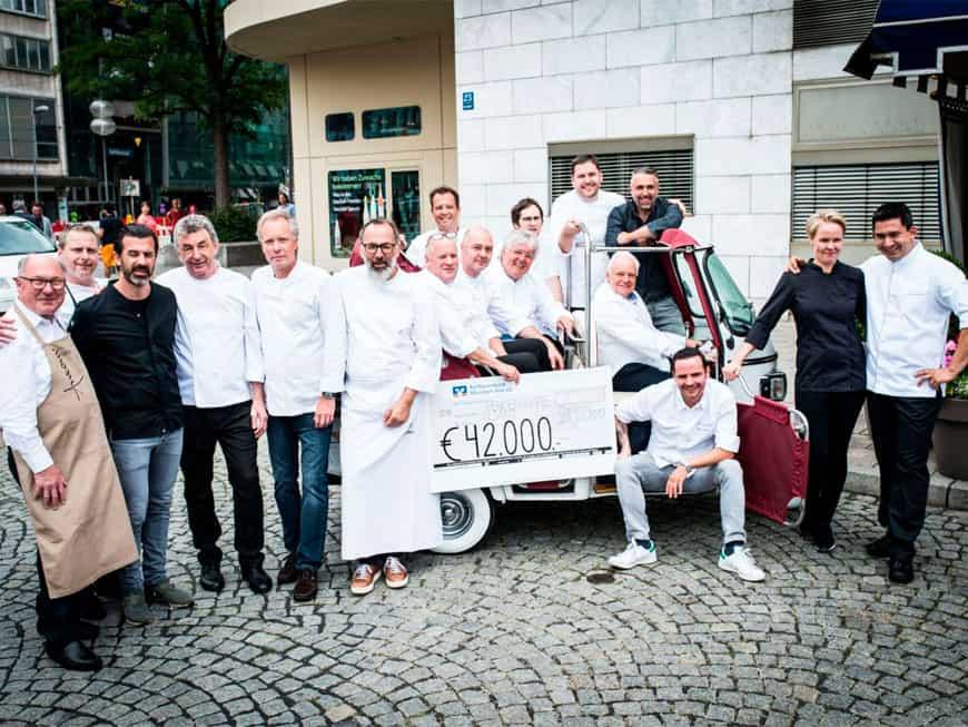 Voller Erfolg: Martin Fausters Charity-Event im Münchner Königshof spielte 42.000 Euro für soziale Einrichtungen ein.