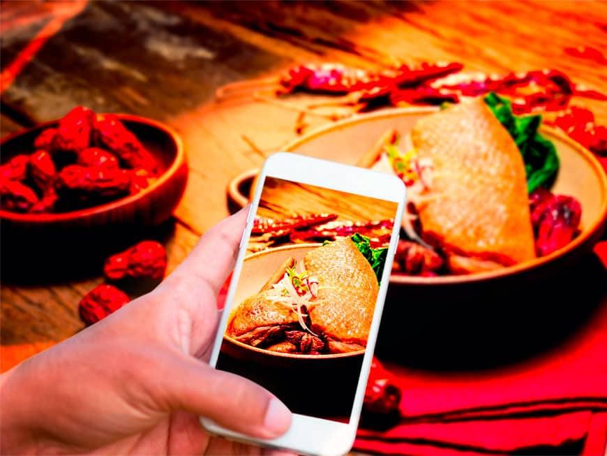 Das Londoner Restaurant Dirty Bones versorgt seine Gäste mit allem, was sie für ein gutes Instagram-Food-Foto brauchen.