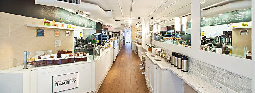 ein Panoramabild der Bakery von Dominique Ansel