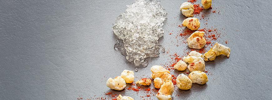 Schweinefond-Aspik mit Schweine-Popcorn