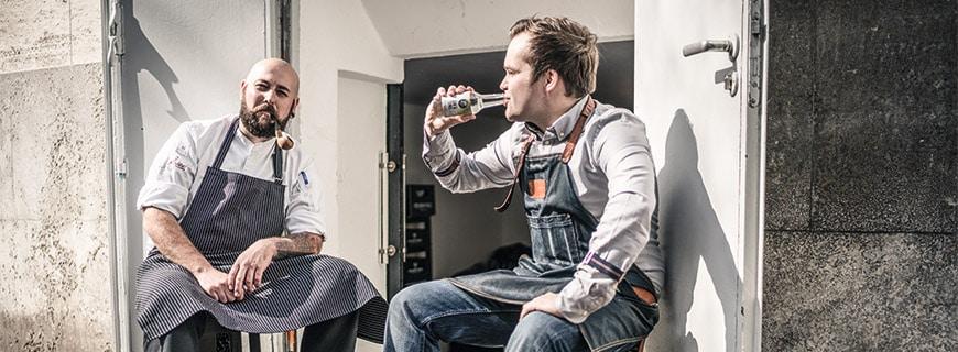 Marc & Philipp: Flaschenkinder