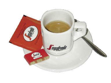 Segafredo Tasse mit Kaffee, Zucker und Keks