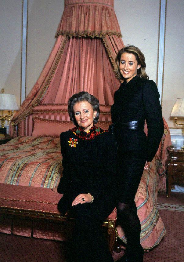 Elisabeth und Alexandra Gürtler in einem Zimmer des Hotels Sacher