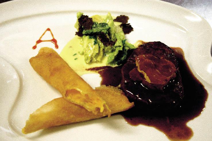 Filet vom Almochsen, Jacobsmuschel, glacierte Entenleber