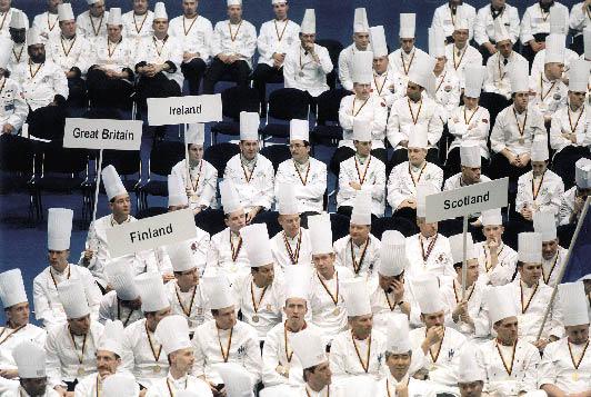Köche aus aller Welt versammeln sich auf der Jährlichen Weißen Zunft