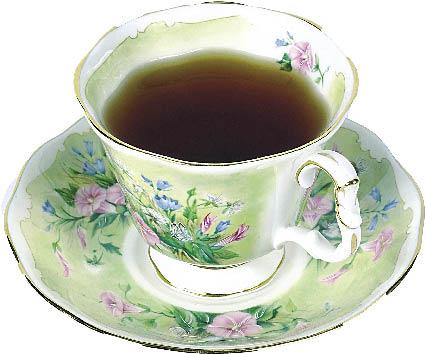 eine mit Blumenmuster verzierte Tasse Tee