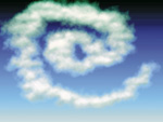Wolkengebilde in Spiralform am Himmel