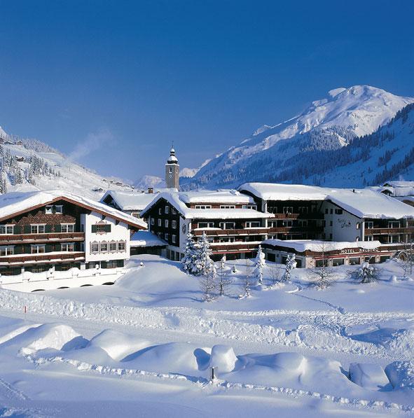Hotel Arlberg in verschneiter Kulisse