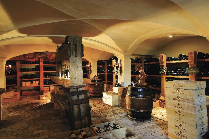 Weinkeller des Arlberg Resort Hotel