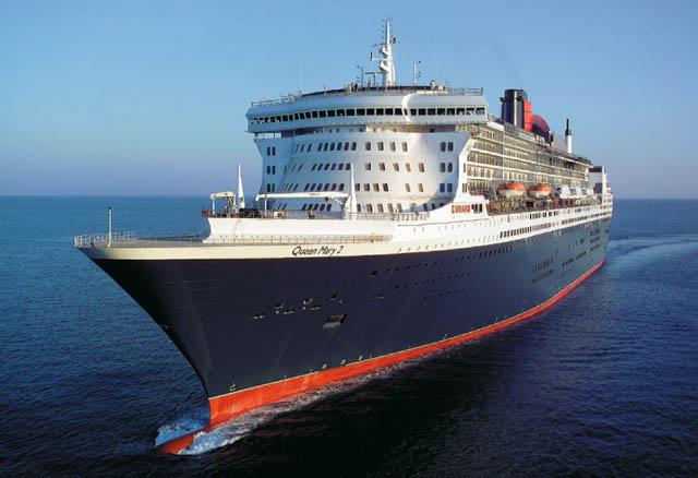 Passagierschiff auf offenem Meer