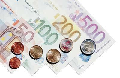 euro scheine und münzen von fünfzig bis fünfhunderteuro
