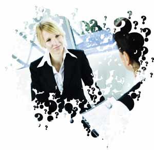 ein Bewerbungsgespräch zwischen zwei Frauen