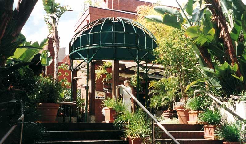 der schatzi on main pavillon im gastgarten