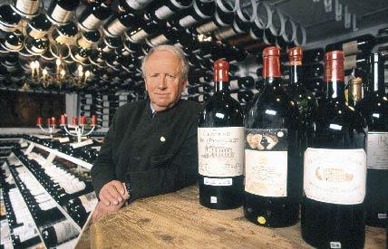 Adi Werner im Weinkeller