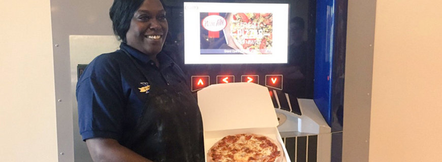 Foto vom ersten Pizza-Automaten in den USA.