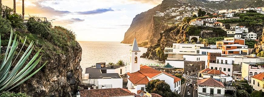 Auf der Insel Madeira eröffnet Fußballstar Christiano Ronaldo sein erstes Hotel.