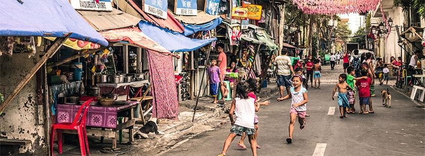 Ein vielfältiges Viertel mitten in Manila: In Intramuros erlebt man das Treiben der Stadt hautnah.