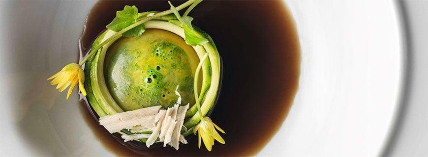 Zucchini Nudeln mit Eigelb und Mark