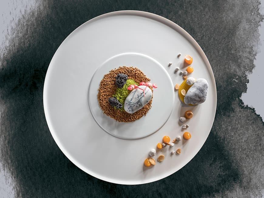 Thomas Yoshida, Restaurant Facil: Aprikose, Jasmintee und Sanchoblüte