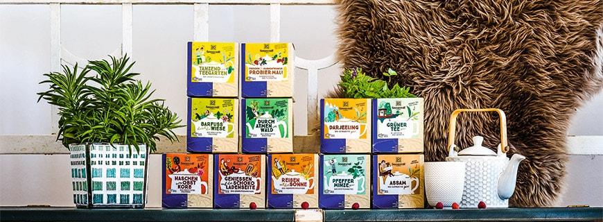 Große Sortenvielfalt: Mit den Kannenbeuteln von Sonnentor ist für jedes Gericht der perfekte Tee dabei
