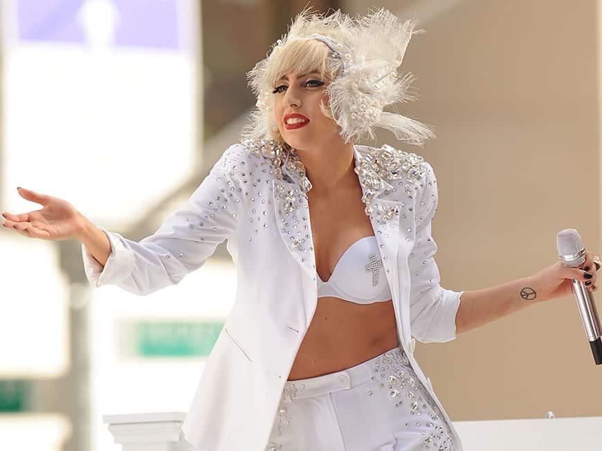 Starbucks und Lady Gaga bringen neue Drinks auf den Markt