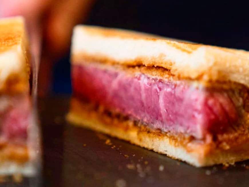 das 180 dollar steak sandwich