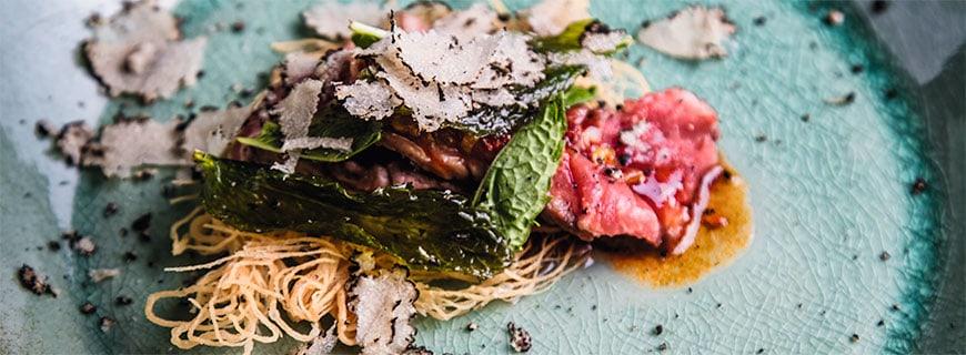 Rezept von Londoner Chefkoch Andrew Wong mit Beef, Minze, Chili-Bohnen und Lemongras