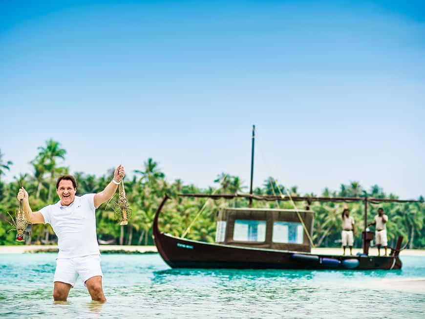 Der Luxus-Hotelier mitten im Paradies: Renato W. Chizzola ist GM des 5-Sterne-Resorts Cheval Blanc Randheli