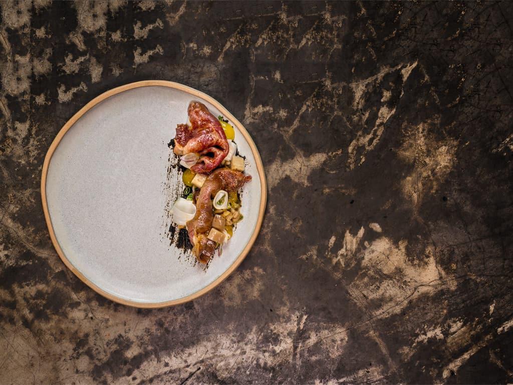 Wagyu vom Flat Iron mit Gochujang, Eigelb und Gerste by Bruce Ricketts, Restaurant Mecha Uma, Manila