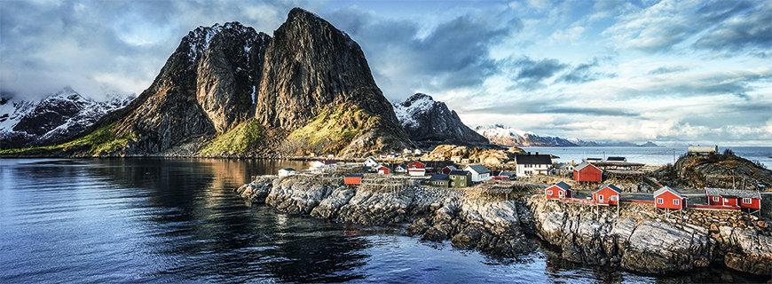Norwegen ist geprägt von einer beeindruckenden Naturlandschaft und der rauen See