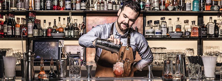 Küche meets Bar: Im Lokal Juniper gibt's handgemachte Cocktails und Gerichte inspiriert von der Westküste bis Kanada