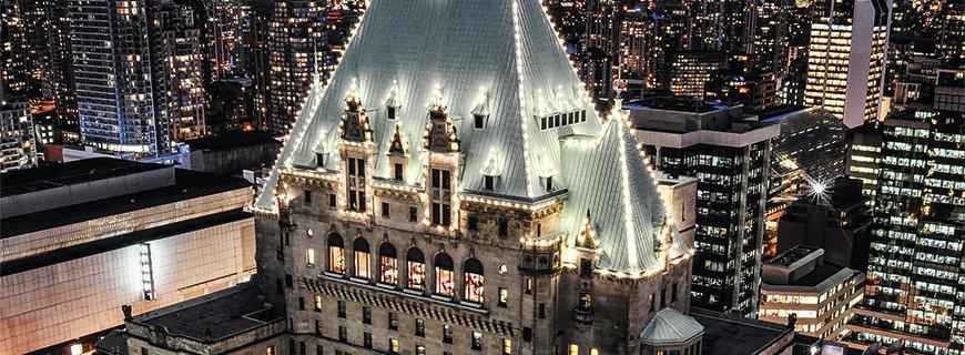Luxus mitten in der City: Im 4-Sterne-Hotel Fairmont Vancouver spürt man das Pulsieren der Stadt
