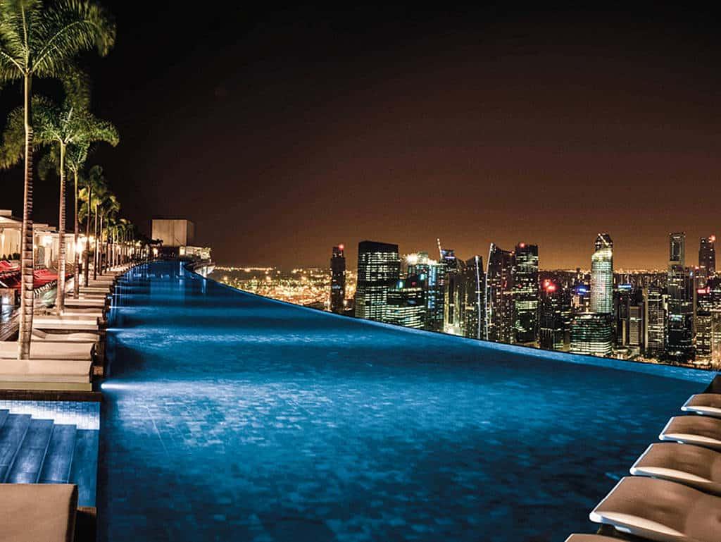 Mit Blick über die Stadt: Im Marina Bay Sands ist nicht nur der Ausblick weltklasse