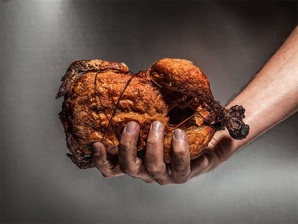 Nicht nur Muskelfleischabschnitte vom Schwein werden in zusammengepresster Form auf den Markt gebracht. Auch Hähnchenabschnitte werden in handlicher Größe als Chicken Nuggets vertrieben.