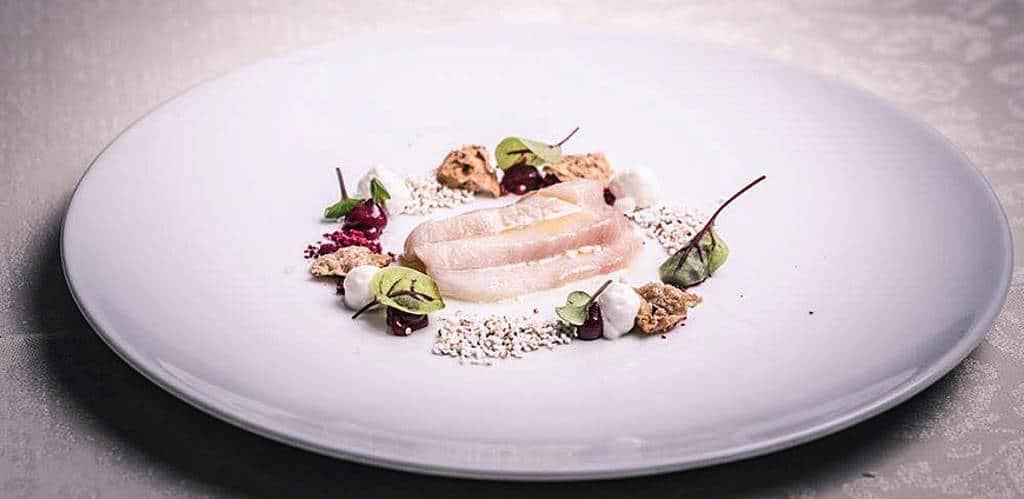 Siegfried Dick serviert 13-Gault-Millau-Punkte-Küche im Restaurant Cuisino
