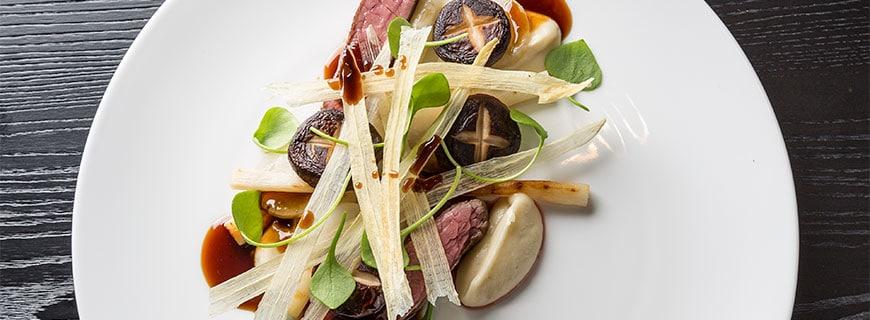 Marco Barth kocht seit zwei Jahren im Restaurant Essig's als Küchenchef.