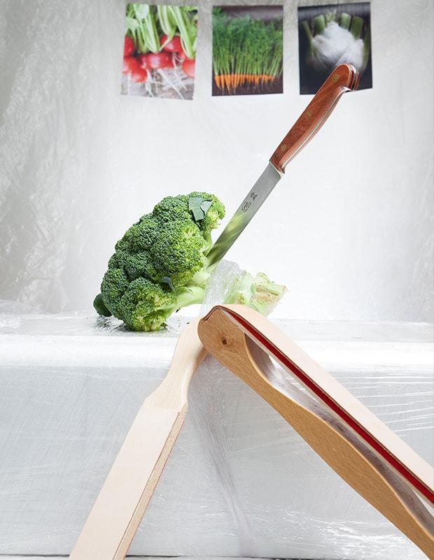 Brokkoli und Messer